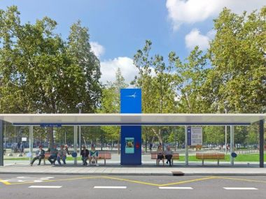 Bus stop shelter Aviles (in service)